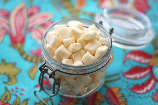 Barefeet In The Kitchen: Homemade Butter Mints & Chocolate Butter Mints
