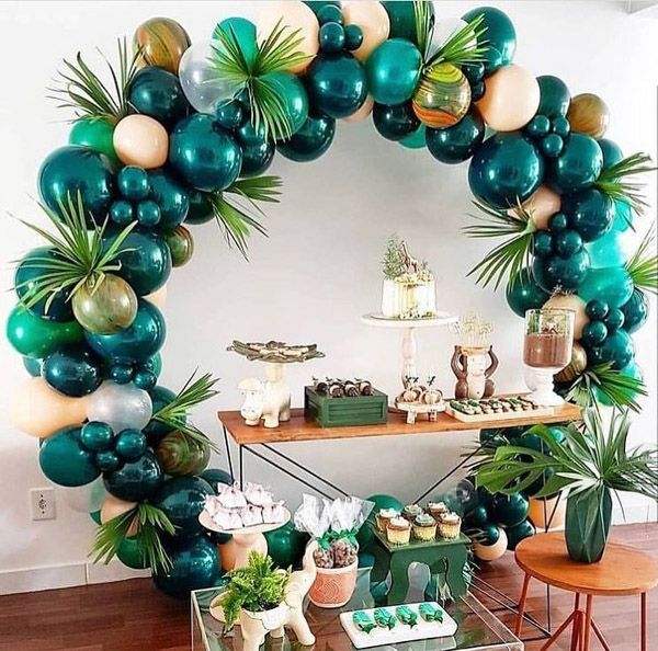 25 Balloon Ideas For Party