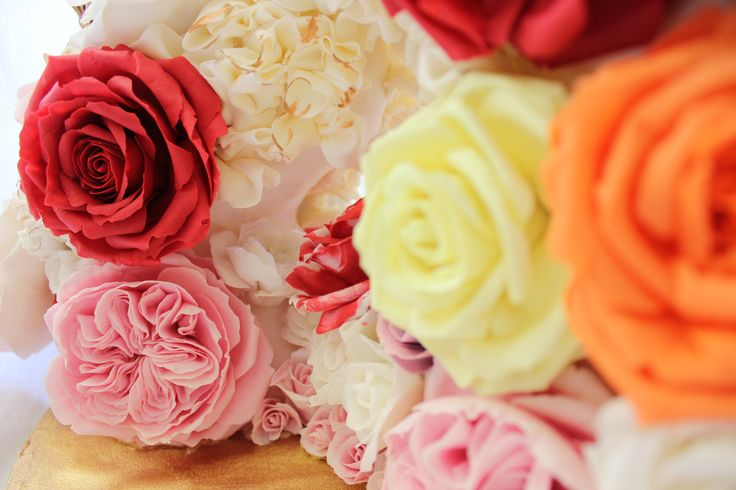 Close up sugar roses