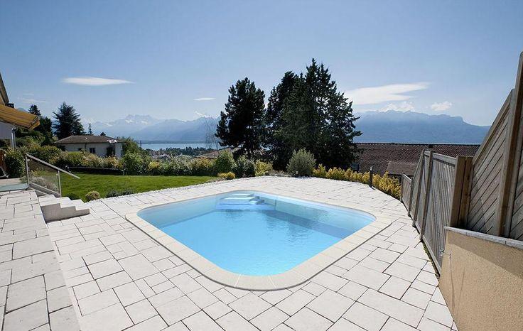 8 best remates de piscinas privadas images on pinterest for Piscina cuadrada