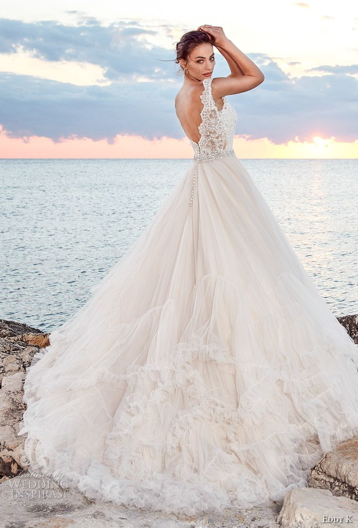 Best 25+ Princess ball gowns ideas on Pinterest