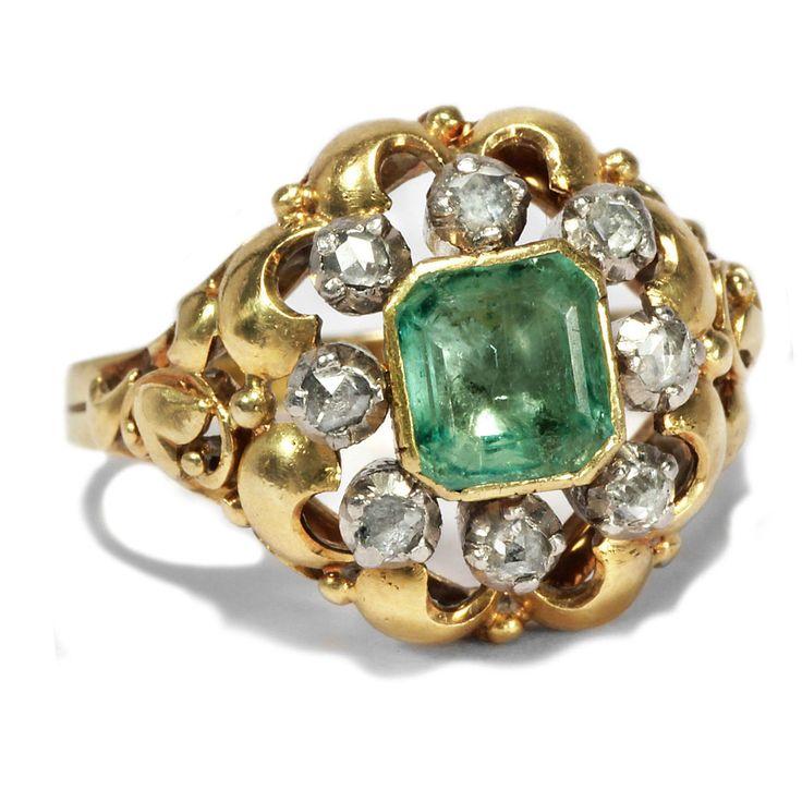 How bizarre! - Expressiver Smaragd und Diamant-Ring des deutschen Art Déco, um 1930 von Hofer Antikschmuck aus Berlin // #hoferantikschmuck #antik #schmuck #antique #jewellery #jewelry