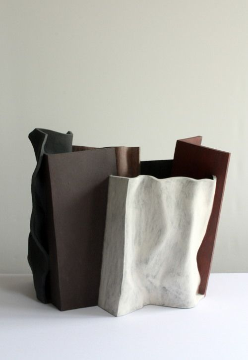 James Tower and Contemporary Ceramics exhibition at Gimpel Fils, London / Work by Ken Eastman