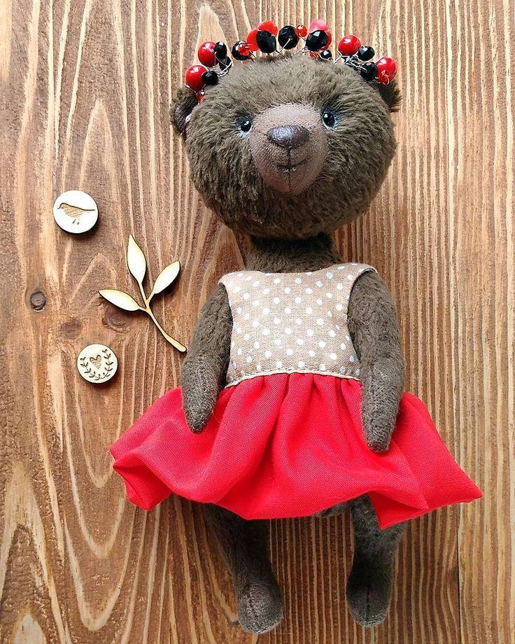 """Привет, это Кики 🐻 Шоколадная девочка ) Девочка-зажигалка💃 Танцы-это её стихия! И наряд вот для танцев попросила 😊  _____________________________________  Коллекция """" Коктейльная вечеринка """""""