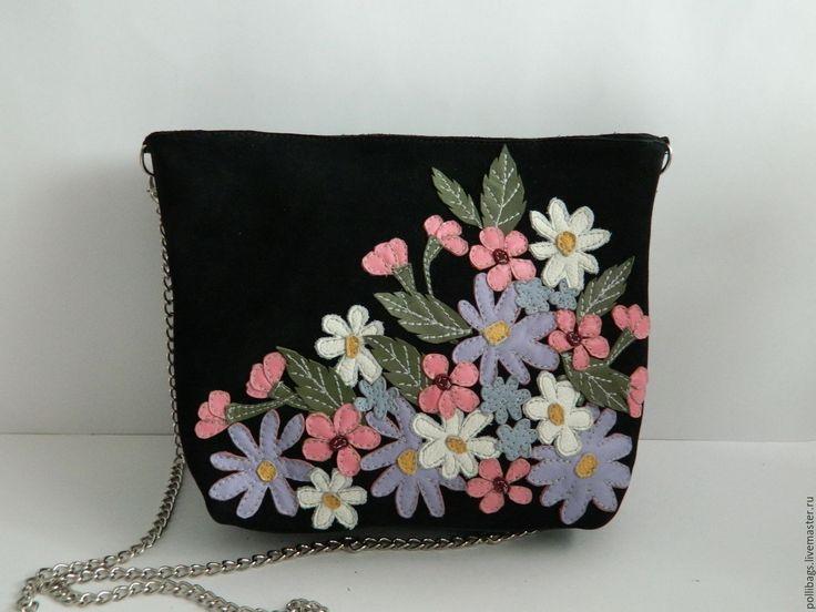 Купить Сумочка через плечо на цепочке с аппликацией. Нежная весна черная - черный, сумочка, цветочный