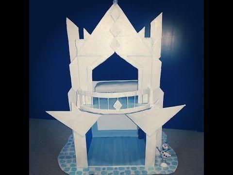 Castillo de princesas con cartón reciclado, ¡inspirado en Frozen!