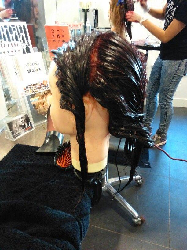 Learning how to coulor. #Work @salonbnl #Redhead #Wella #Koleston #Trainingsdag