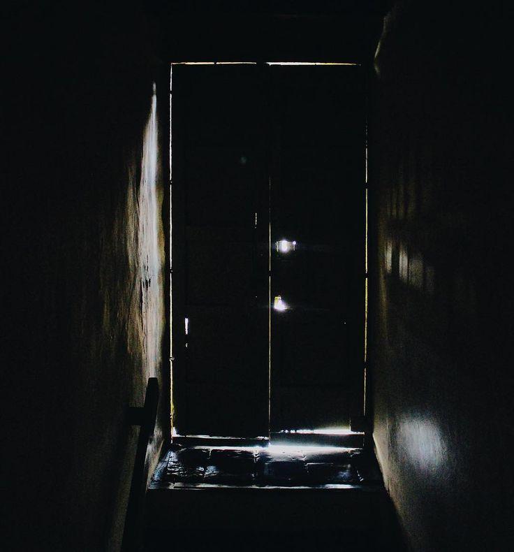#halloween #door #dark #scary #museum #life #photo #botd #bestoftheday #vsco #vscocam