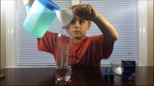 This cool DIY idea is so unbelievably easy - I was afraid mine would not turn out like the Youtube video, but it did. The video itself is just fun to watch, but this is definitely one to try at home with the kids or for a science fair experiment.This quick DIY project does not take much time to