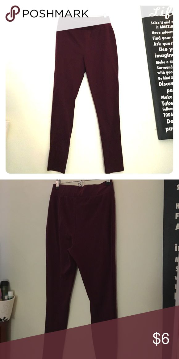 Maroon leggings These maroon leggings from Forever 21 are perfect for every outfit!! Forever 21 Pants Leggings