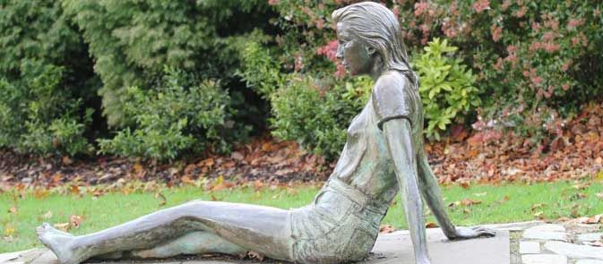 Golders Hill Girl statue