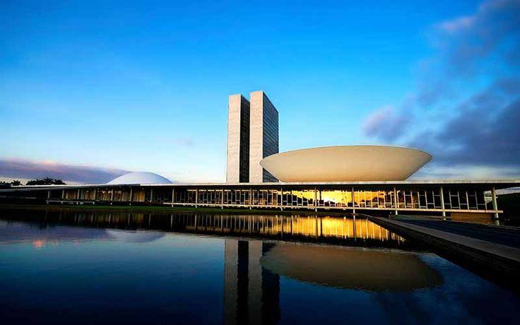 Atualização - Eunício confirma votação no Senado sobre Aécio na 3ª-feira  - http://po.st/RhfGBq  #Política, #Últimas-Notícias - #Política