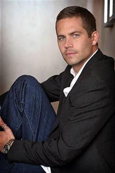 American actor Paul Walker poses during a photo shoot on April 4, 2006 in Melbourne, Australia. Walker is in Melbourne to promote his new film 'Eight Below'.