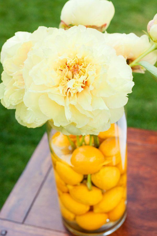 Lemon centerpiece | Photo by Julie Kay Kelly