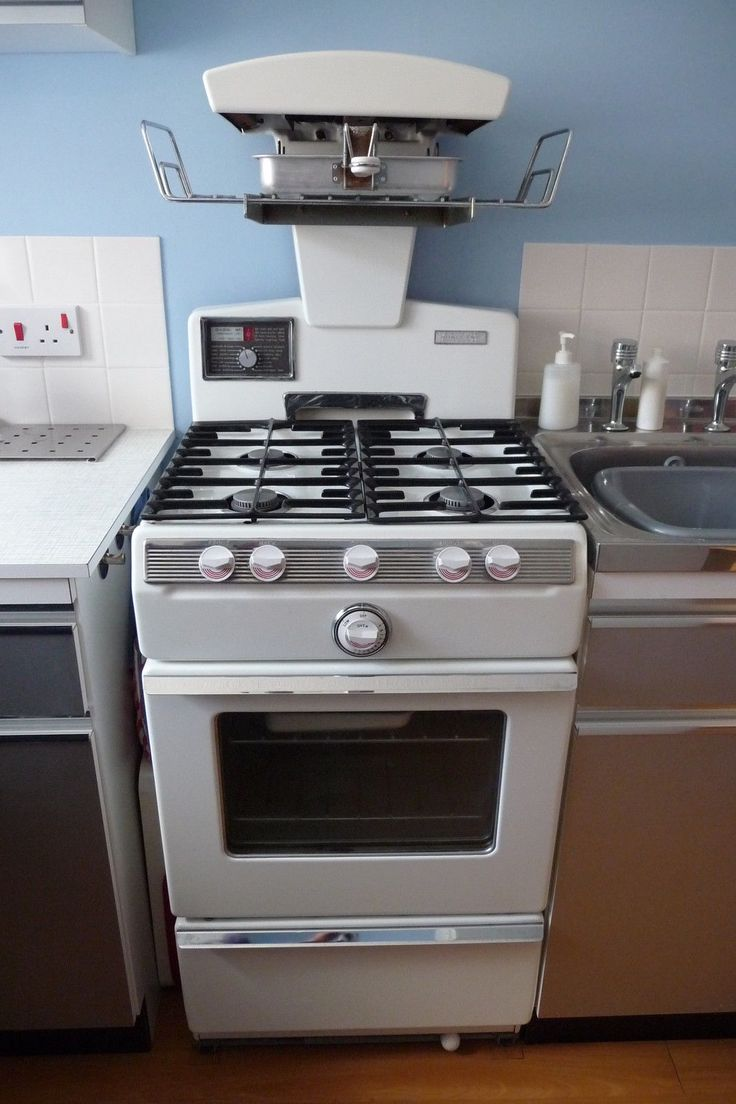 The 25 best gas cookers ideas on pinterest stoves gas for Eye level oven kitchen designs