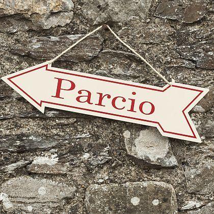 Enamel 'Parcio' - Parking sign