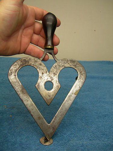 19th Century s Pennsylvania Antique Primitive Heart Shaped Trivet