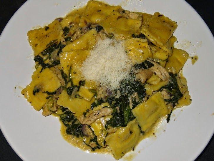 Wereld-Recepten: Verse ravioli met spinazie, kip en creme fraiche