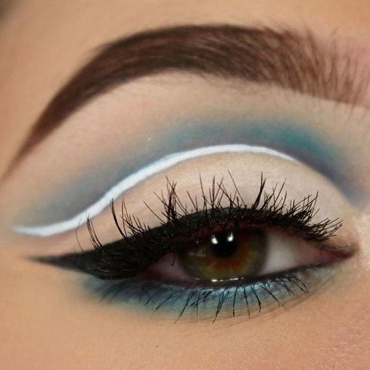 ����Gorgeous Cut Crease @bc.makeupartist using @morphebrushes 35C Matte Eyeshadow Palette �� ����beautychamber.co.uk #repost�� #morphebrushes #beautychamber #morphebrushesuk #morphe35c #morphepalette #morphebabe #morphegirl #mua #makeupartistsworldwide #cutcrease #cutcreasemakeup #makeupaddicts http://ameritrustshield.com/ipost/1551473853163386813/?code=BWH8T_YHDe9