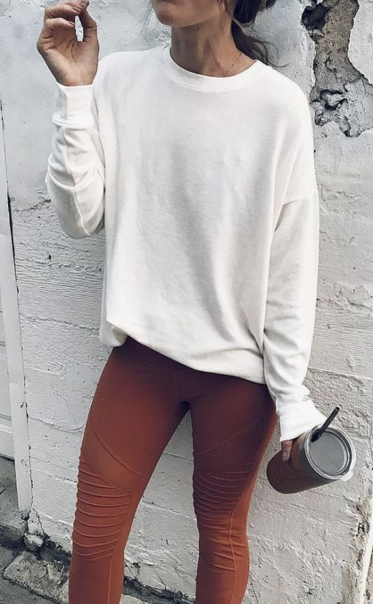 This tee falls so well on this chick.  The sleeves and neckline look comfy though.