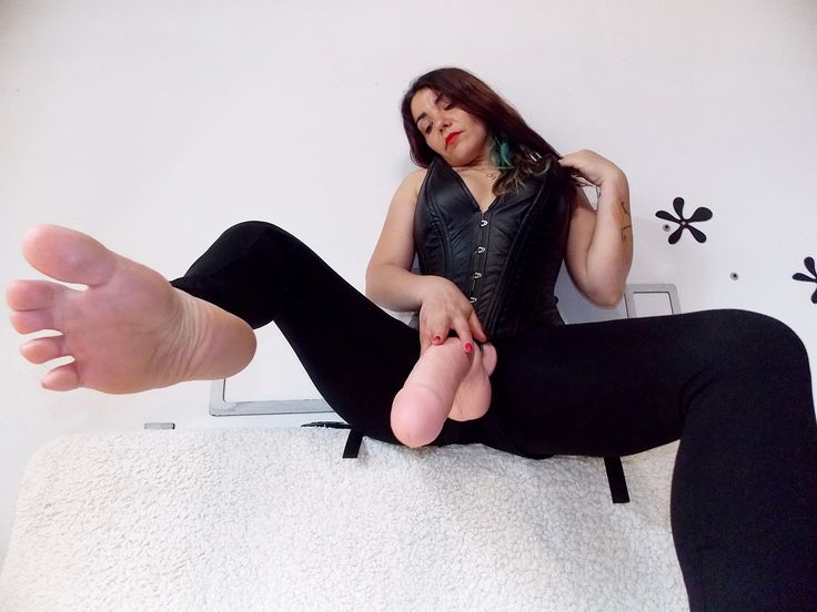 Strapon , white, huge cock, sissification, domination, financial, foot fetish, ass worship, pegging, leather , nylon, heels http://imlive.com/vip/782800