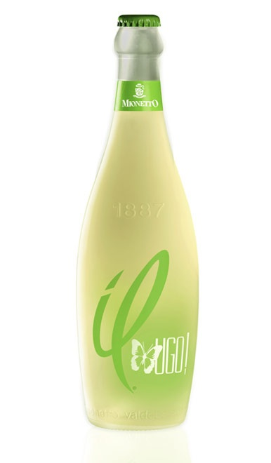 """nspired by a cocktail originating from Alto Adige shich has become incereasingly popular, """"il"""" UGO! is an aperitif made from a harmonious combination of elderflower aromas and the crisp, fruity notes of our semi-sparkling winel"""