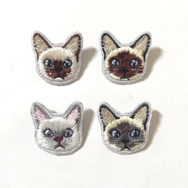 Mini вышивка фибула Сиамские кошки