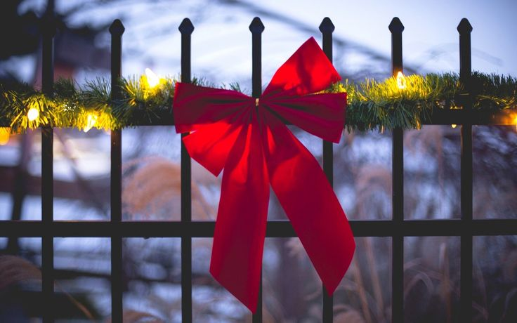 Fence Ribbon Red Holiday Garland Lights Winter HD Wallpaper