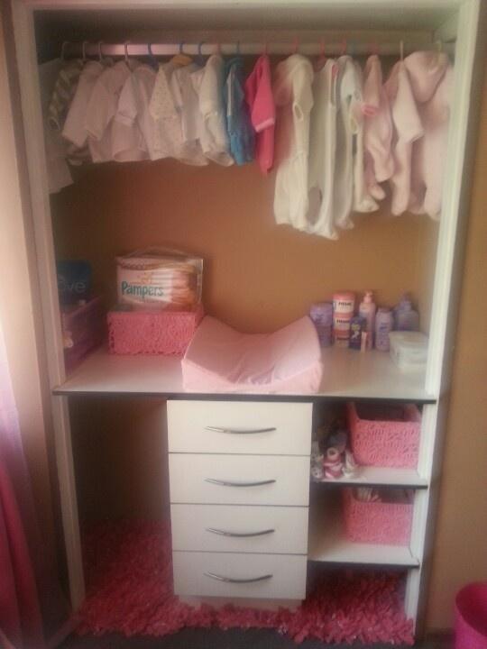 Beautiful pink carpet at the bottom of the closet