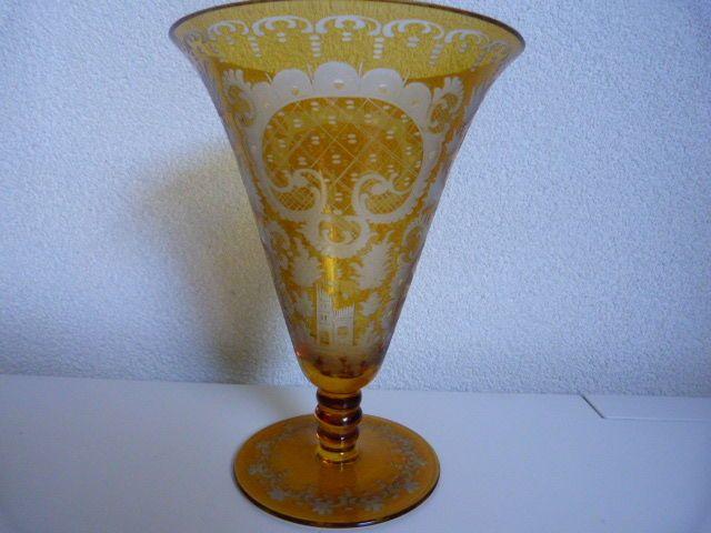 Online veilinghuis Catawiki: Boheems kristallen vaas met rad gravure - ca. 1910