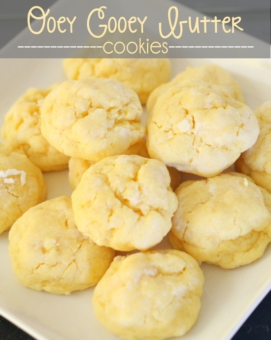 Ooey Gooey Butter Cookies! Its pretty much half a cookie and half a cupcake, Mmmmm! click through for more varieties...