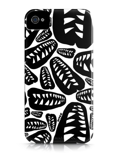 iPhone case (4/4S) 35 $ + shipping costs at BITES.