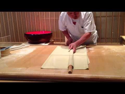 高橋名人 そば打ち - YouTube Making Soba Noodles