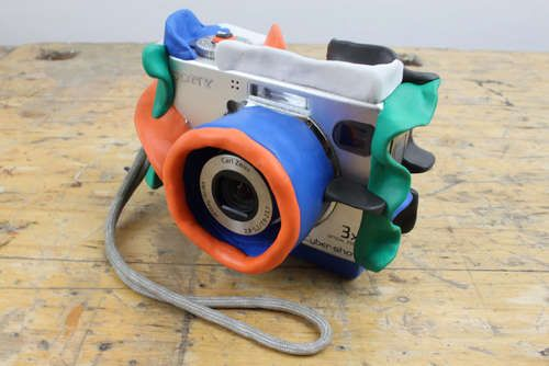 """Covering digital camera with silicon clay for kids so camera """"bounces"""" and does not break! Need this everything in my house!!: Bouncy Camera, Bouncy Kids, Idea, Kid Proof, Kids Camera, For Kids, Awesome Bouncy, Cameras"""