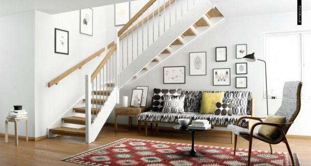 Zdjęcie: aranżacja  otawrtego salonu z ażurowymi schodami z drewna