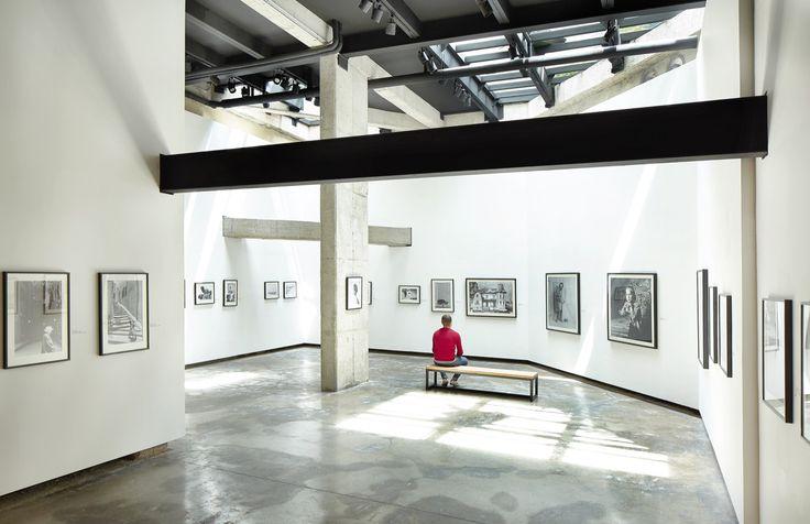 Galería de Espacio Cultural y Taller para un Artista / Alejandro Peña Cuéllar - Expo Hernán Díaz Lamazone Arts Bogota