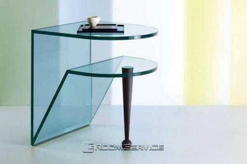 Nice modern glass end table with one metal leg and glass support! $300