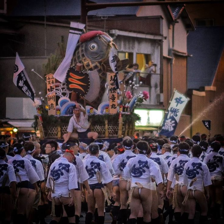 My #Japan #summer: #hakata #gion yamasaka #Giappone #viaggio #travelvlogger #travel #travelblogger #vlog #YouTube #turismo #amazing #sugoi #kawaii #men #traditional #matsuri #photography #photooftheday #picoftheday #photo