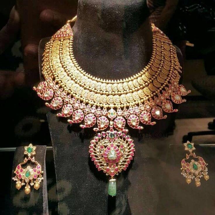 Grand Gold Kemp Choker Designs, Gold Antique Kemp Choker Necklace Designs.