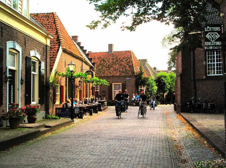 beautiful-city-streets-of-bronkhorst-holland