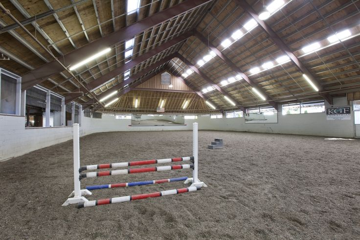 1000 Images About Horse Barns On Pinterest Indoor Arena