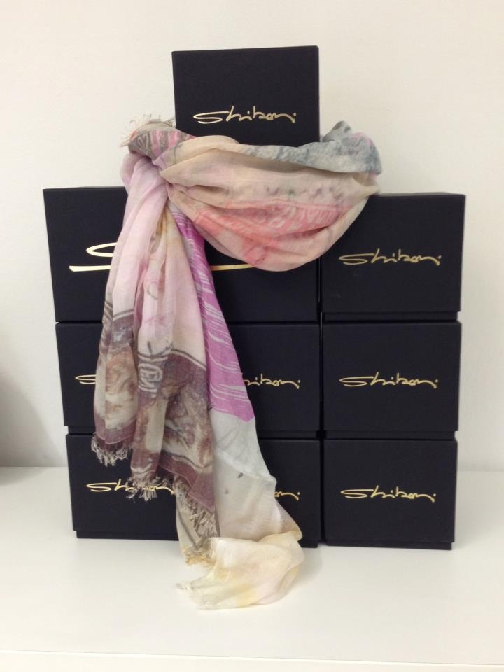 Our package with Venice and roses