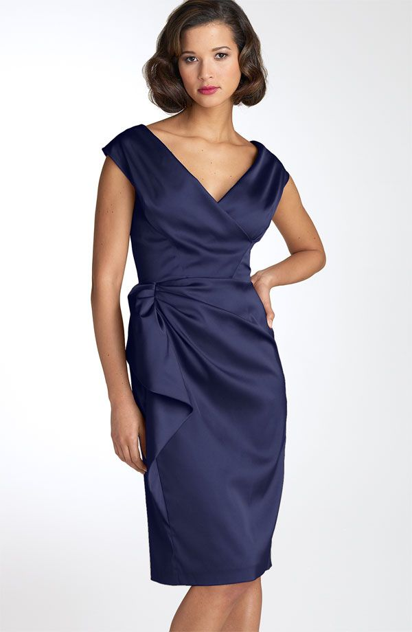 Mother Of The Bride Dress. Maggy London Stretch Satin Sheath Dress.