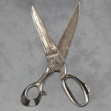 These huge wall scissors are made from polished aluminium and actually work, they don't cut but they move!  76 x 30 x 2cm They look fabulous!