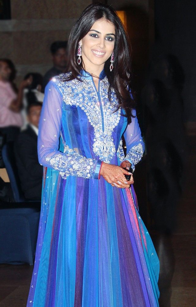 Genelia D'Souza Deshmukh #Bollywood #Fashion