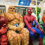 Guida intergalattica di autoconservazione per tutti: 3 categorie di gente strana sui mezzi pubblici