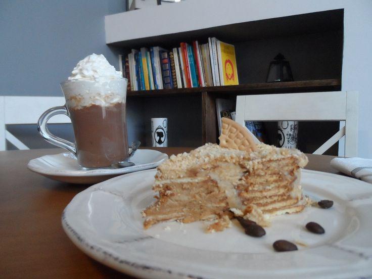 Bolo de Bolacha à Antiga & Chocolate Quente