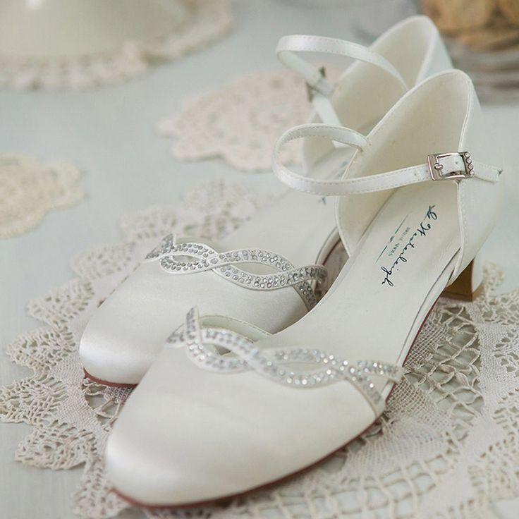 Chaussure mariage ivoire en satin à bout rond talon 4 cm - Annie - Westerleigh
