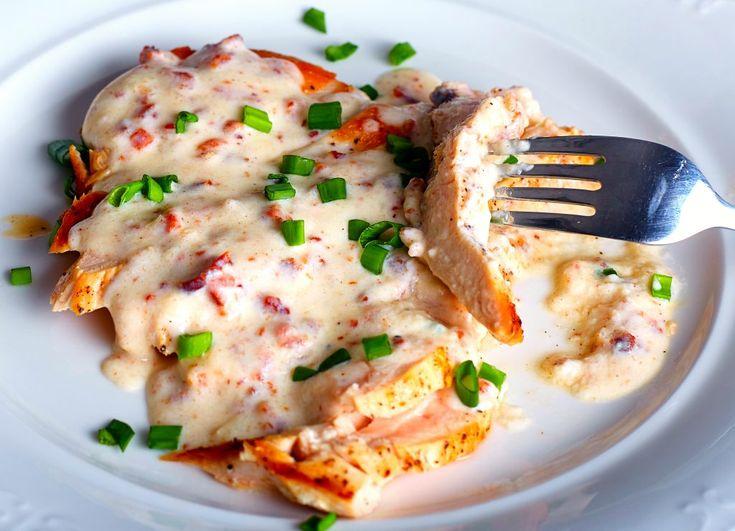 Piept de pui cu sos gorgonzola | Retete culinare - Romanesti si din Bucataria internationala