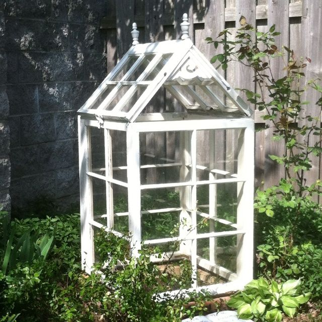 old window greenhouses | Greenhouse/Terrarium - I made this from recycled  old windows. - 20 Best Table Top Greenhouses Images On Pinterest Greenhouse
